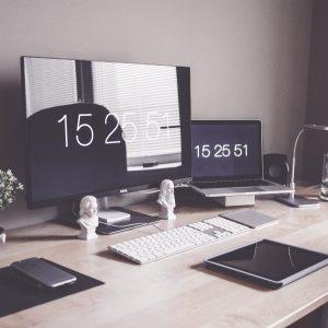 Travel Magazine - Hotel Desk