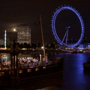 London Eye sur la Tamise by Grand Parc via Flickr
