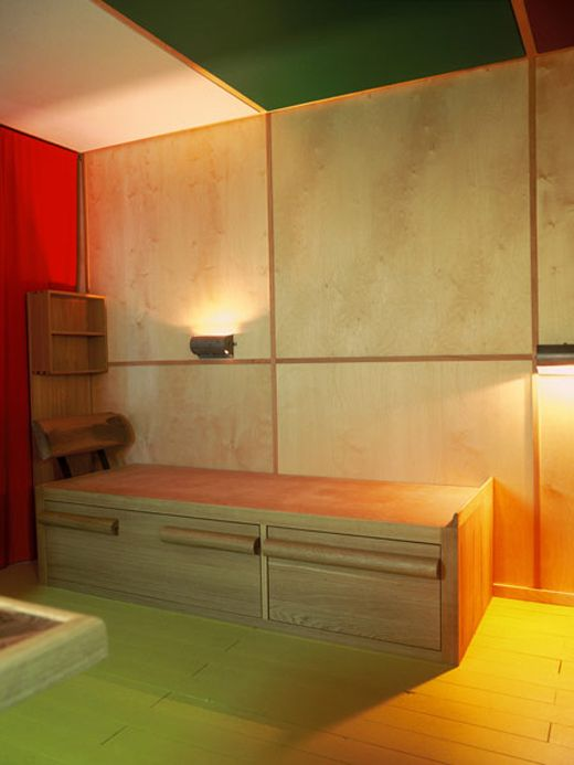 Le Corbusier Cabanon bed