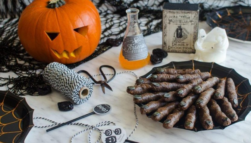 Vegan Halloween Recipe: Raw Witches Fingers