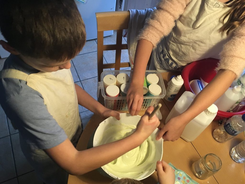 Mixing shaving foam, PVA glue, and Washing liquid to make home-made slime