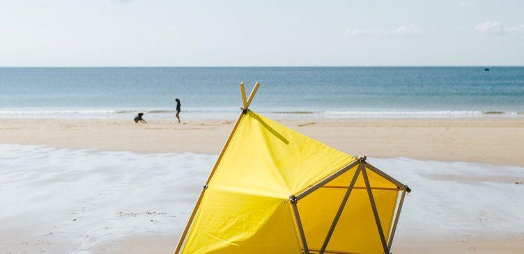Children's Tent: La Tente Islaise