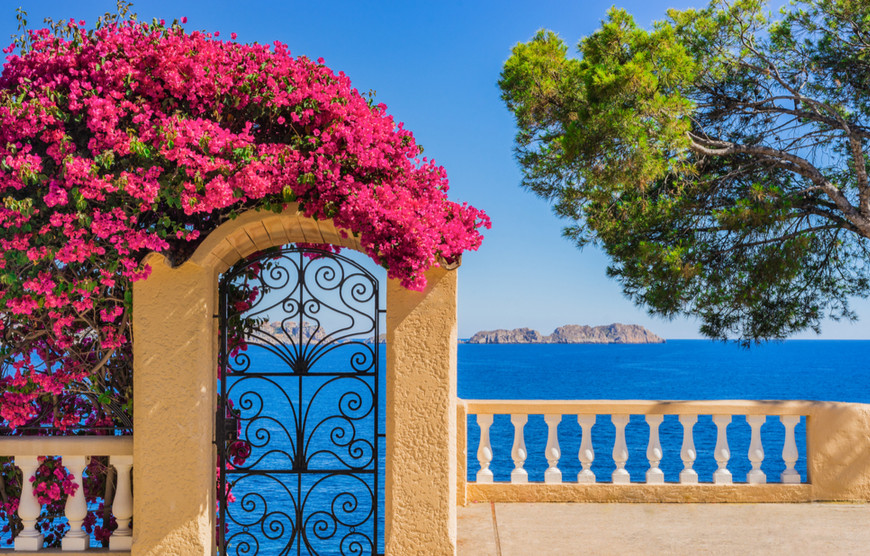 How to buy a holiday home abroad